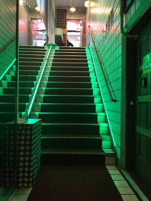 半蔵門のテキサスの階段の写真