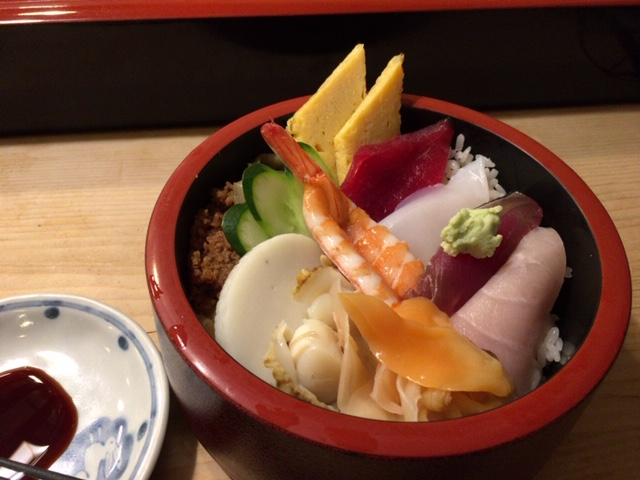 半蔵門の一番町鮨勝の海鮮丼ランチ